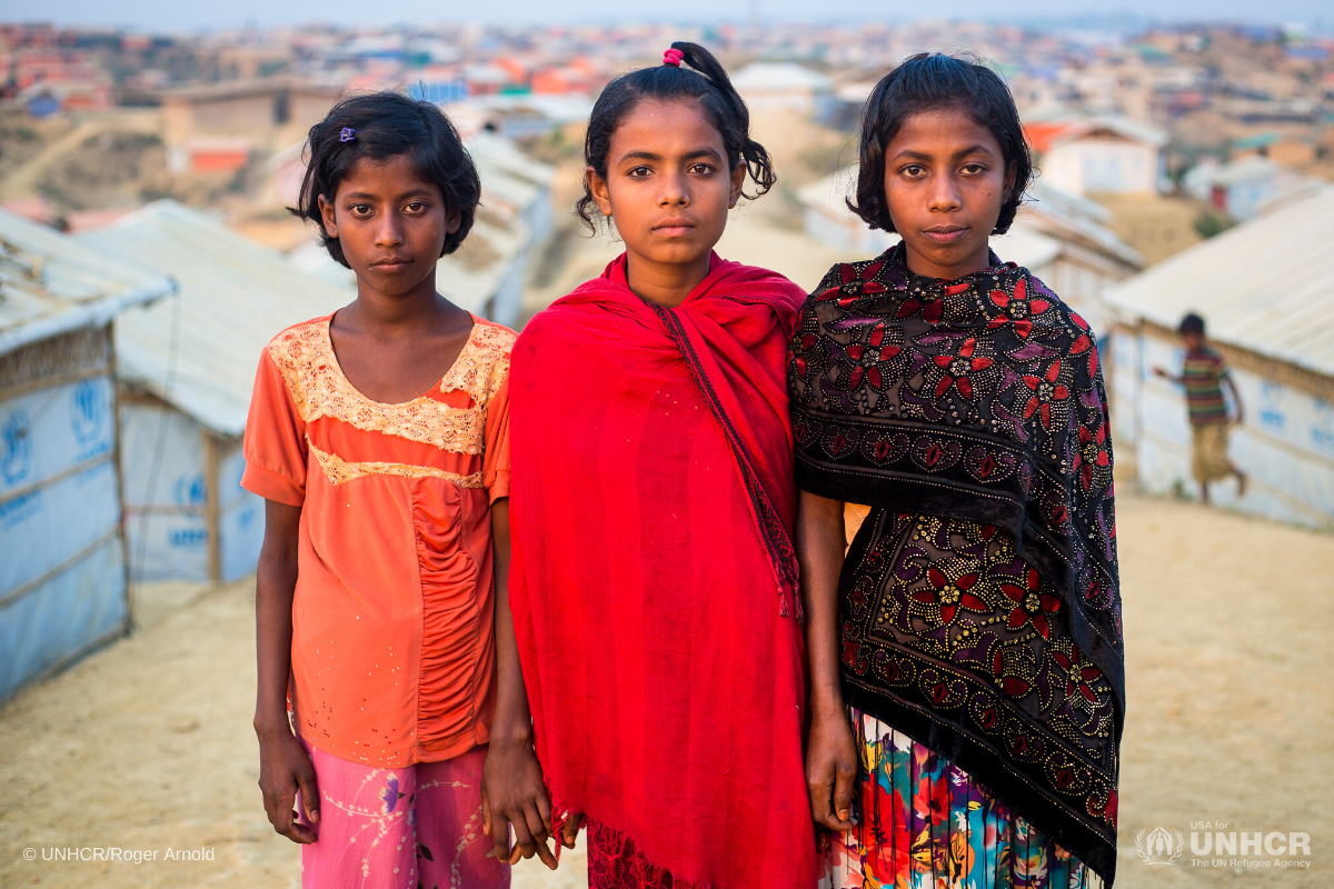 Girls-at-Kutupalong-refugee-camp